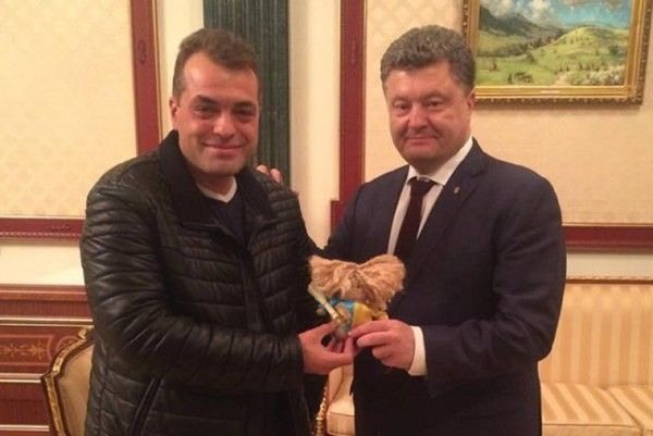 Советника Порошенко уличили ворганизации проституции