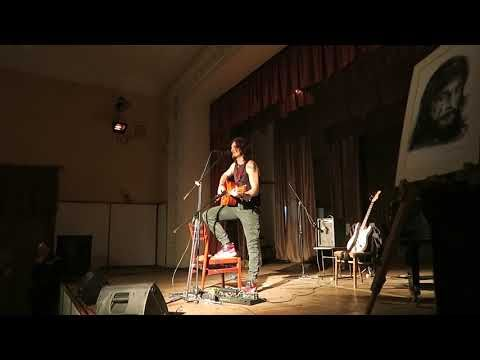 В Феодосии дал концерт Тальков-младший
