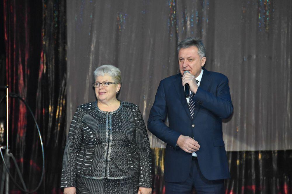 В цирке Симферополя прошла городская новогодняя ёлка