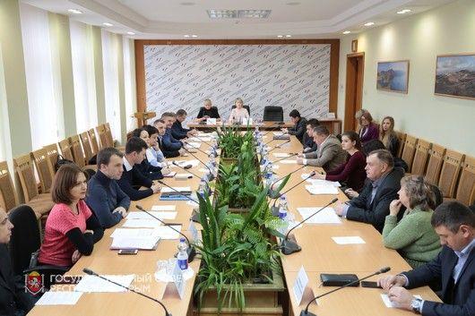 Комитет ГС Крыма поддержал продление правовых особенностей РКрыма в сфере имущественных и земельных отношений до 2023 года