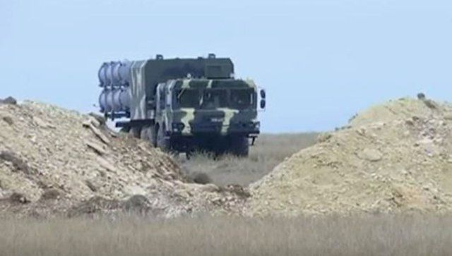 """Противокорабельный """"Бал"""": видео развертывания берегового ракетного комплекса"""