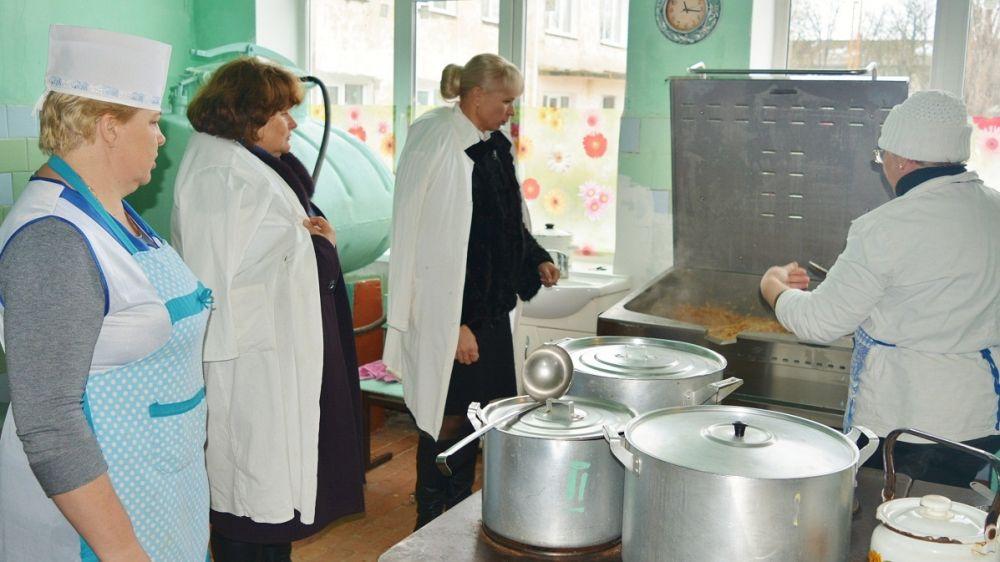 Елена Крестьянинова посетила Войковскую общеобразовательную школу