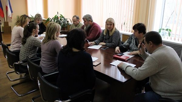 Инна Федоренко провела заседание комиссии по управлению и распоряжению муниципальным имуществом