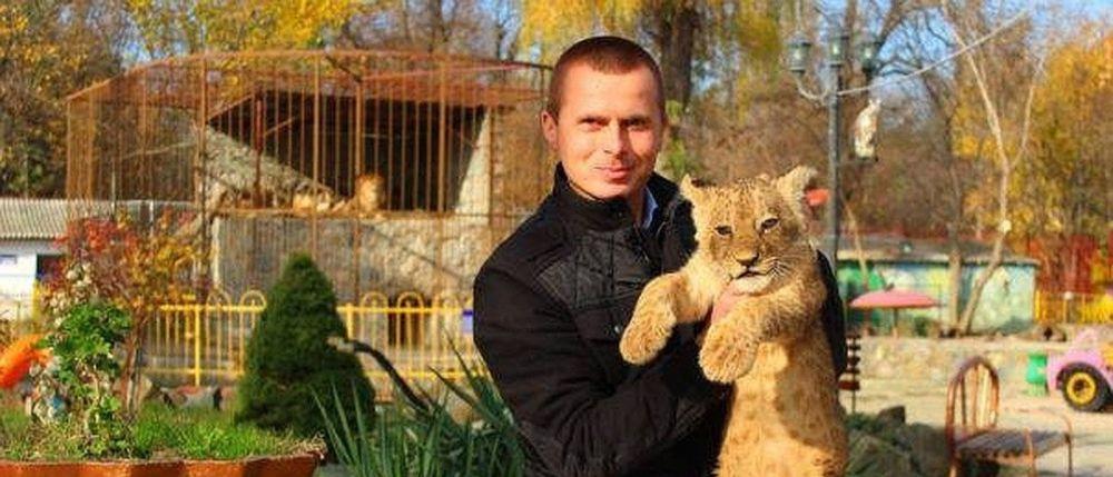 Директор симферопольских парков, которого обвиняют в избиении человека, частично признал свою вину