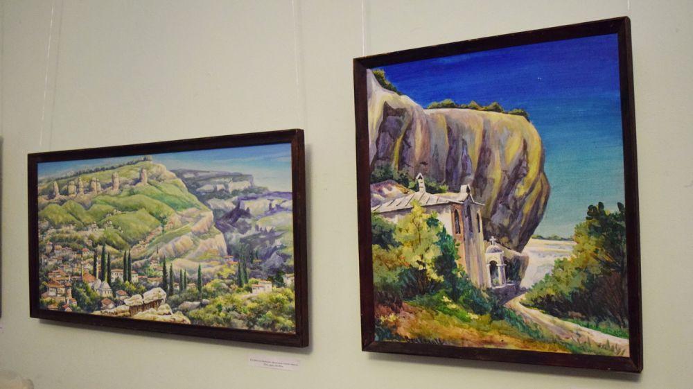 При содействии Минкульта Крыма экспонируется выставка известного бахчисарайского художника Вячеслава Келя