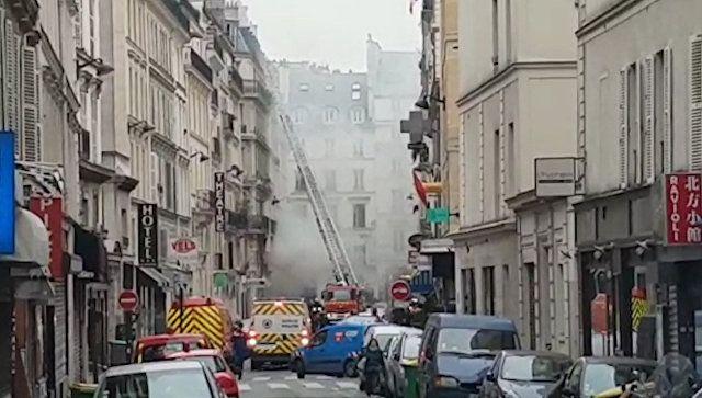 При взрыве в центре Парижа пострадали около 20 человек