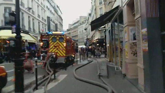 Видео с места взрыва в центре Парижа