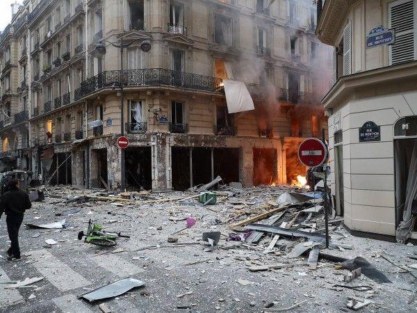 Страшные фото мощного взрыва в Париже