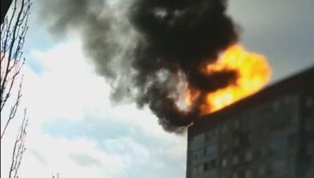 Взрыв газовых баллонов на многоэтажке в Крыму попал на видео