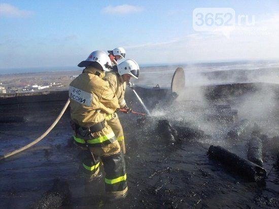 На крыше девятиэтажки в Крыму взорвались газовые баллоны,