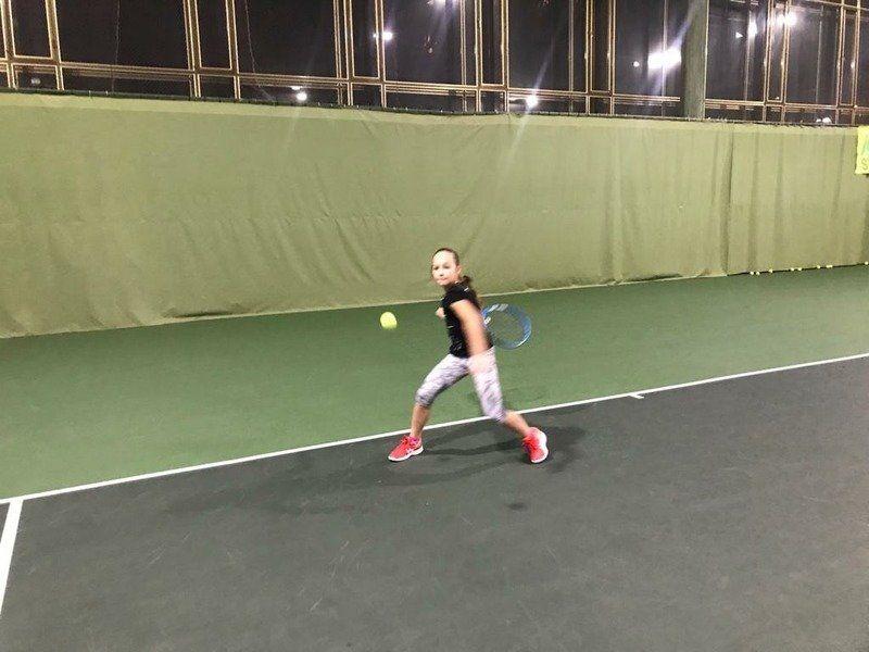 Школьница из Симферополя вошла в двадцатку лучших теннисистов России