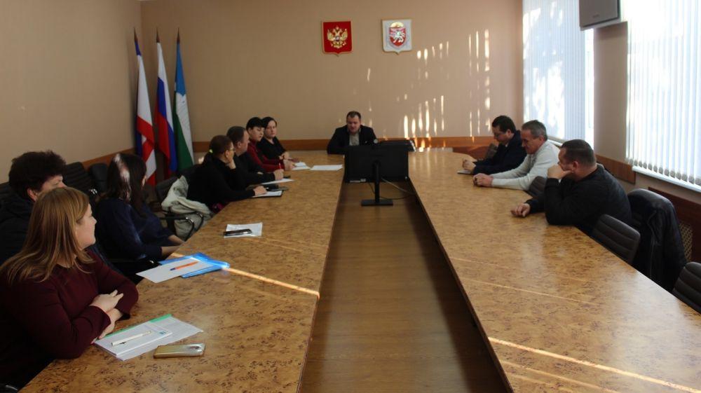 В администрации Белогорского района прошло рабочее совещание по прохождению отопительного сезона
