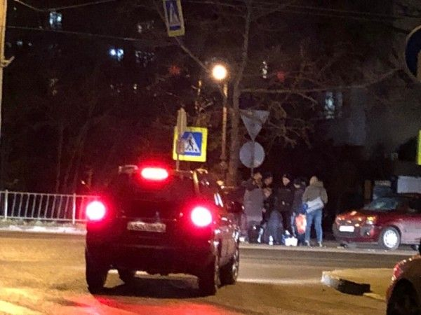 В Севастополе на пешеходном переходе сбили девушек
