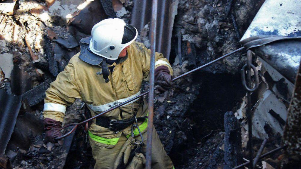Огнеборцы оказали помощь в ликвидации двух пожаров в Симферопольском районе