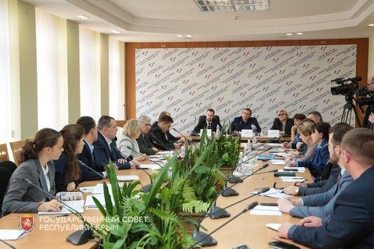 Профильный Комитет обсудил организацию питания в детских садах и школах Крыма