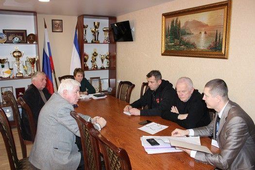 Пётр Запорожец провёл рабочие встречи в Сакском районе