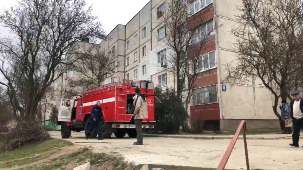 Огнеборцы пожарной части г.Щелкино ГКУ РК «Пожарная охрана Республики Крым» продолжают вести ежедневную борьбу с пожарами