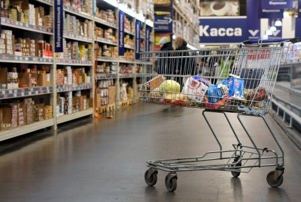 В севастопольском магазине продавали опасные продукты