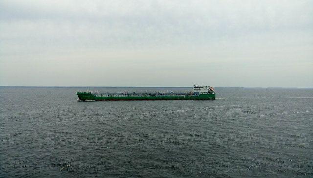 """На Украине суд рассмотрит жалобу на арест российского танкера """"Механик Погодин"""""""