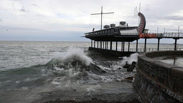 Непогода на пороге: в Крым идут ливни и шторм