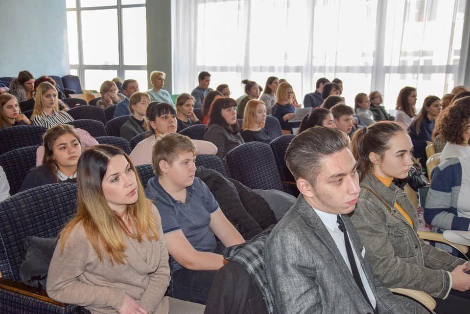 Школьники представили свои идеи для проекта «Евпатория – город героев»