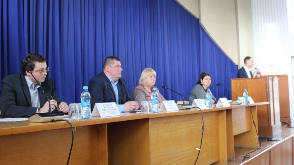 Руководители Белогорского района провели рабочее совещание по проблемным вопросам в сфере ЖКХ