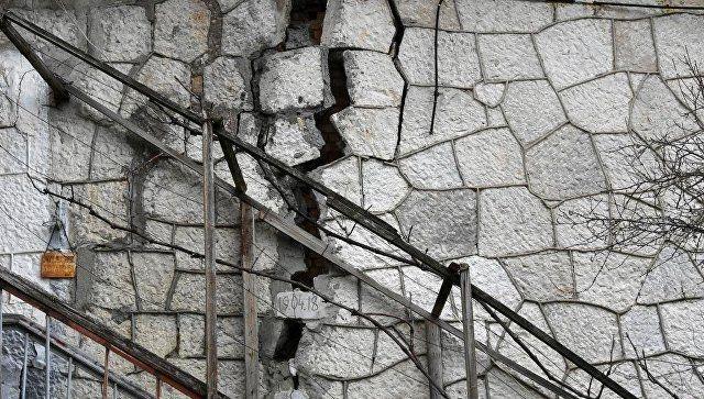 Оползни проснулись: может ли Крым предупредить обрушения зданий и подпорных стен