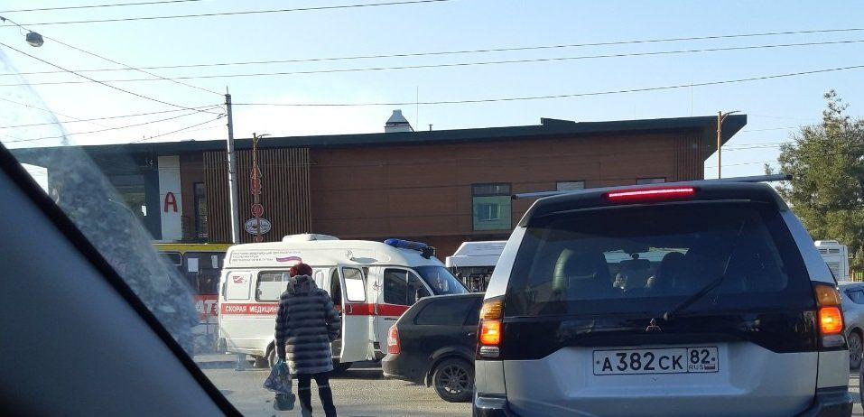 В Симферополе легковушка переехала женщину, ВИДЕО