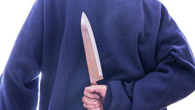 От неприязни до тюрьмы: крымчанина арестовали за нападение с ножом на человека