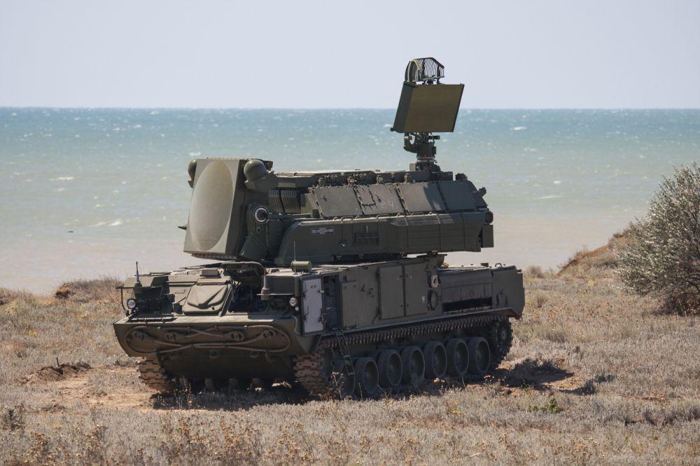 Украина гремит ракетами под боком у Крыма