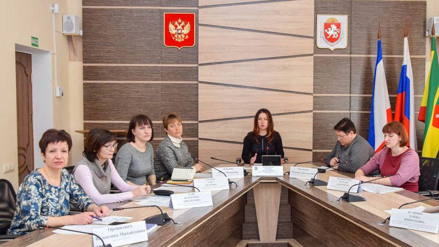Представители Минпрома Крыма проконсультировали предпринимателей Евпатории