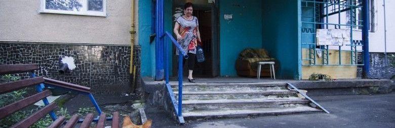 Жильцам симферопольских многоэтажек вернут подвалы и чердаки