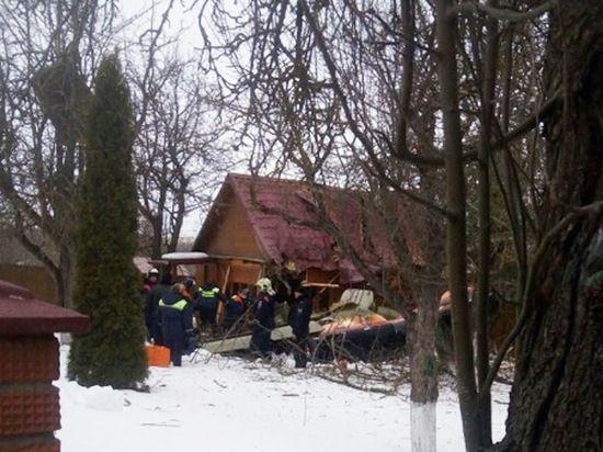 Кадры с места падения самолета в Подмосковье