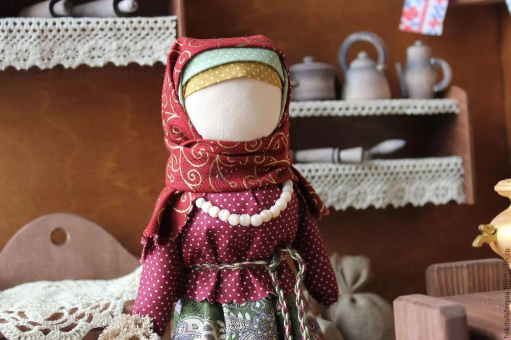 Выставка «Масляничные куклы-берегини ручной работы» откроется в Феодосии