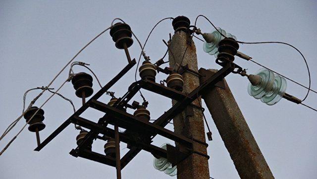 Ураган рвет провода: ветер на ЮБК оставил без света часть потребителей