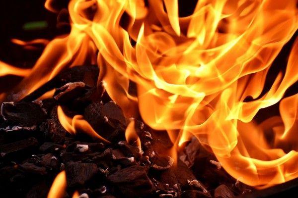 ЧП на западе Крыма: в горящем доме нашли погибшего