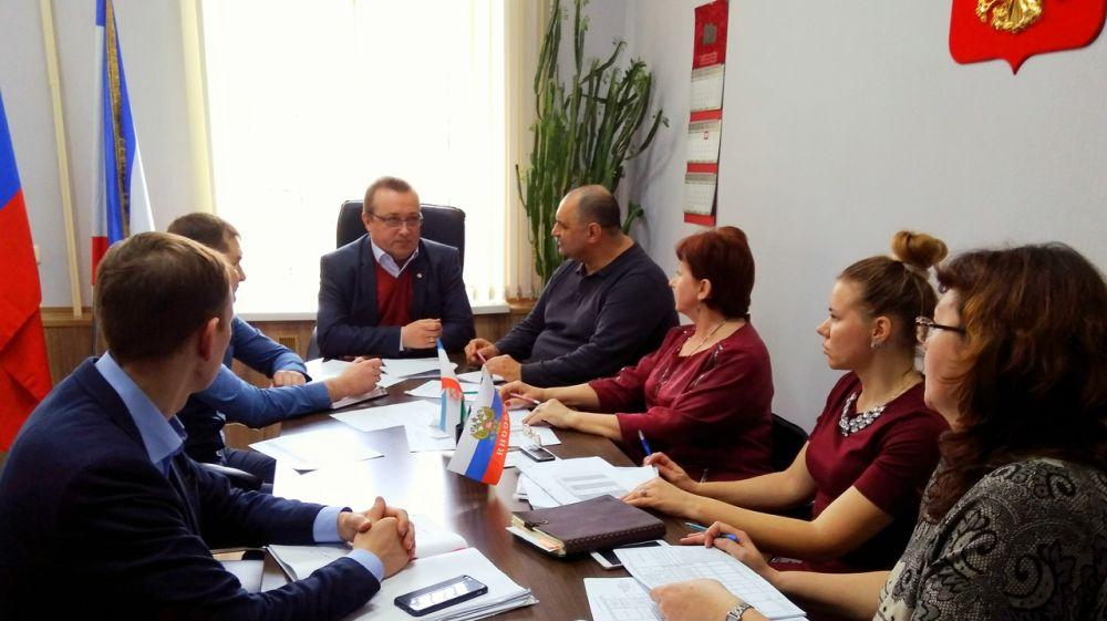 Юрий Новосад провел совещание с руководством ГУП РК «Крымтеплокоммунэнерго»