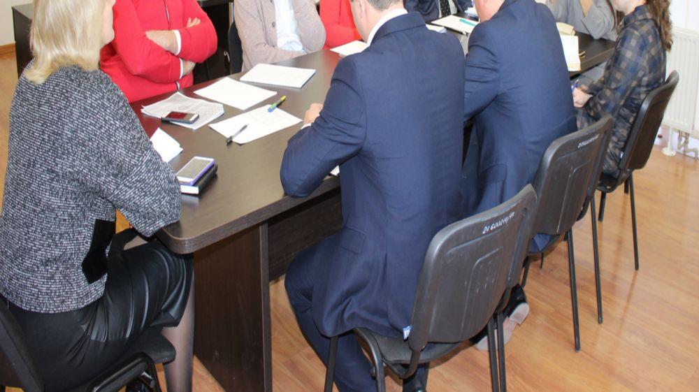 В Госкомрегистре систематически ведется мониторинг эффективности выполняемой работы и соблюдения законодательства госслужащими — Александр Спиридонов