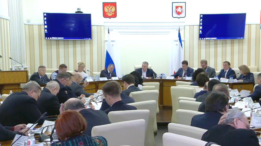 Перечень хозяйственных обществ, акции в уставных капиталах которых принадлежат Республике Крым, дополнен двумя акционерными обществами - Лариса Кулинич