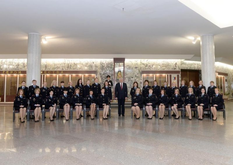 Владимир Колокольцев провел торжественный прием женщин – сотрудников органов внутренних дел