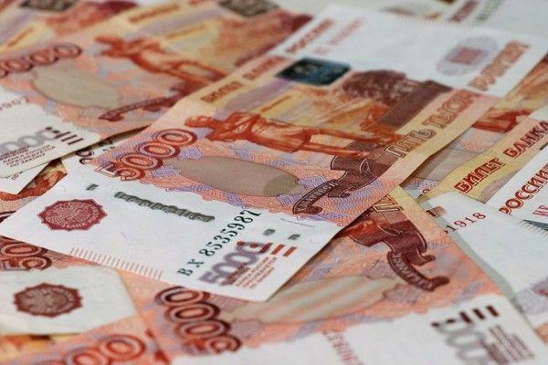 На каком месте находится Крым по уровню зарплат?