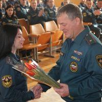 Крымские спасатели поздравляют женскую половину коллектива МЧС России!