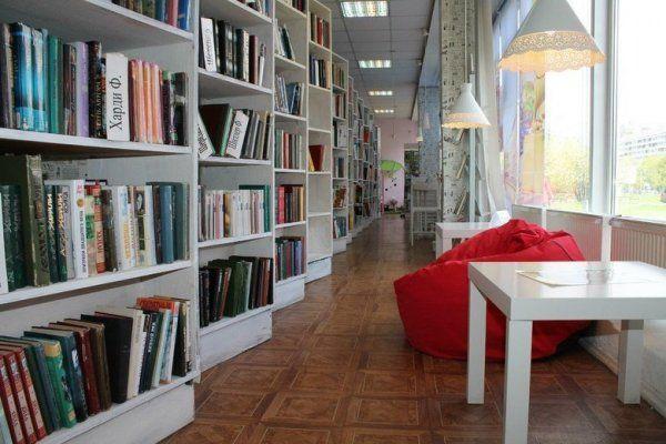 В Симферопольском районе парень ограбил библиотеку