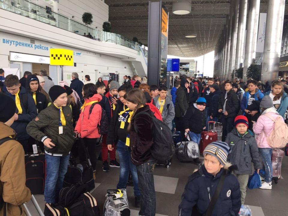 Вторая группа детей из Сибая прибыла в Крым