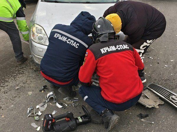 """В ДТП с трактором на """"Тавриде"""" пострадали два человека"""