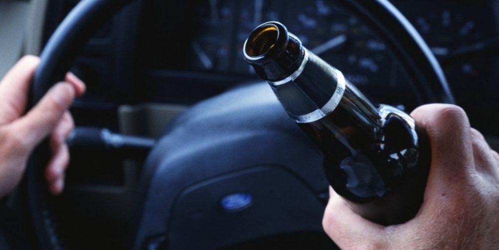 Ночью на въезде в Симферополь пьяный водитель пытался скрыться от полиции