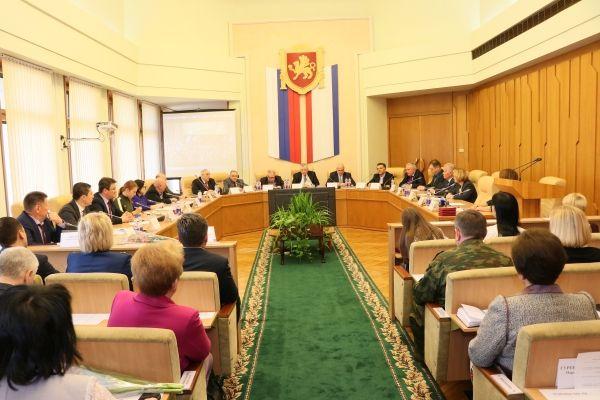 Ефим Фикс: Общественная палата Крыма вносит неоценимый вклад в развитие гражданского общества