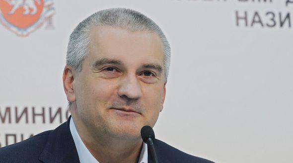 Аксёнову доверяют 70% жителей Крыма
