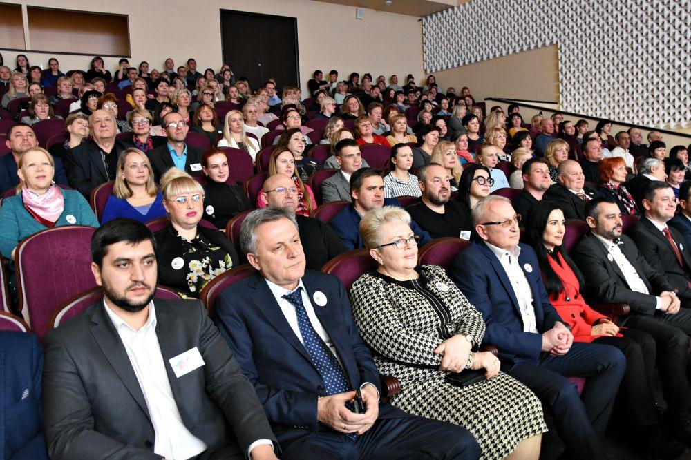 Глава Симферополя поздравил горожан с годовщиной Крымской весны