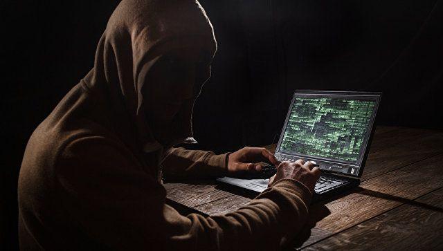 Бензопила и айфоны: мошенник в Феодосии научился воровать из интернет-магазина